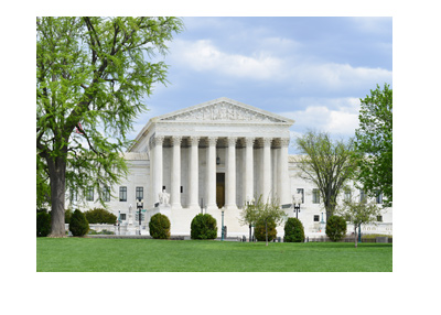 The building shot from the guarden - The Supreme Court of United States of America.